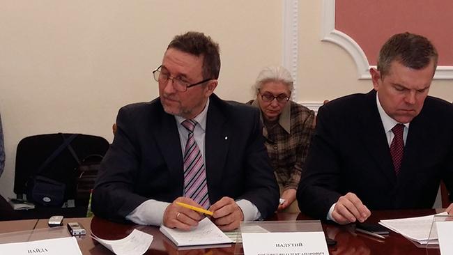К. Надутий: «Кількість медиків в Україні продовжує зменшуватись через низькі зарплати»