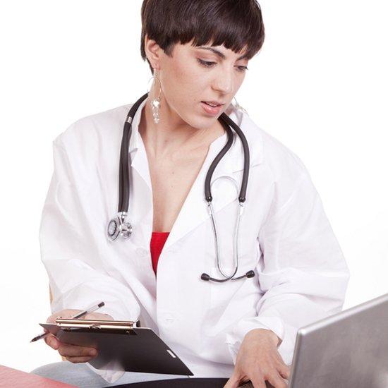 НСЗУ приглашает врачей пройти онлайн-курс «Цифровые навыки для медиков»